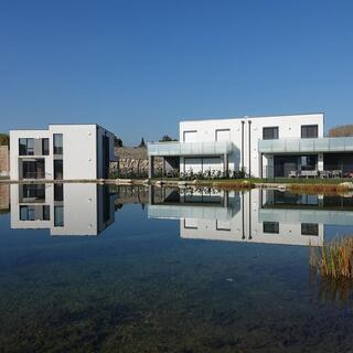 Seevillen in der Seeresidenz im Giardino Oberwaltersdorf